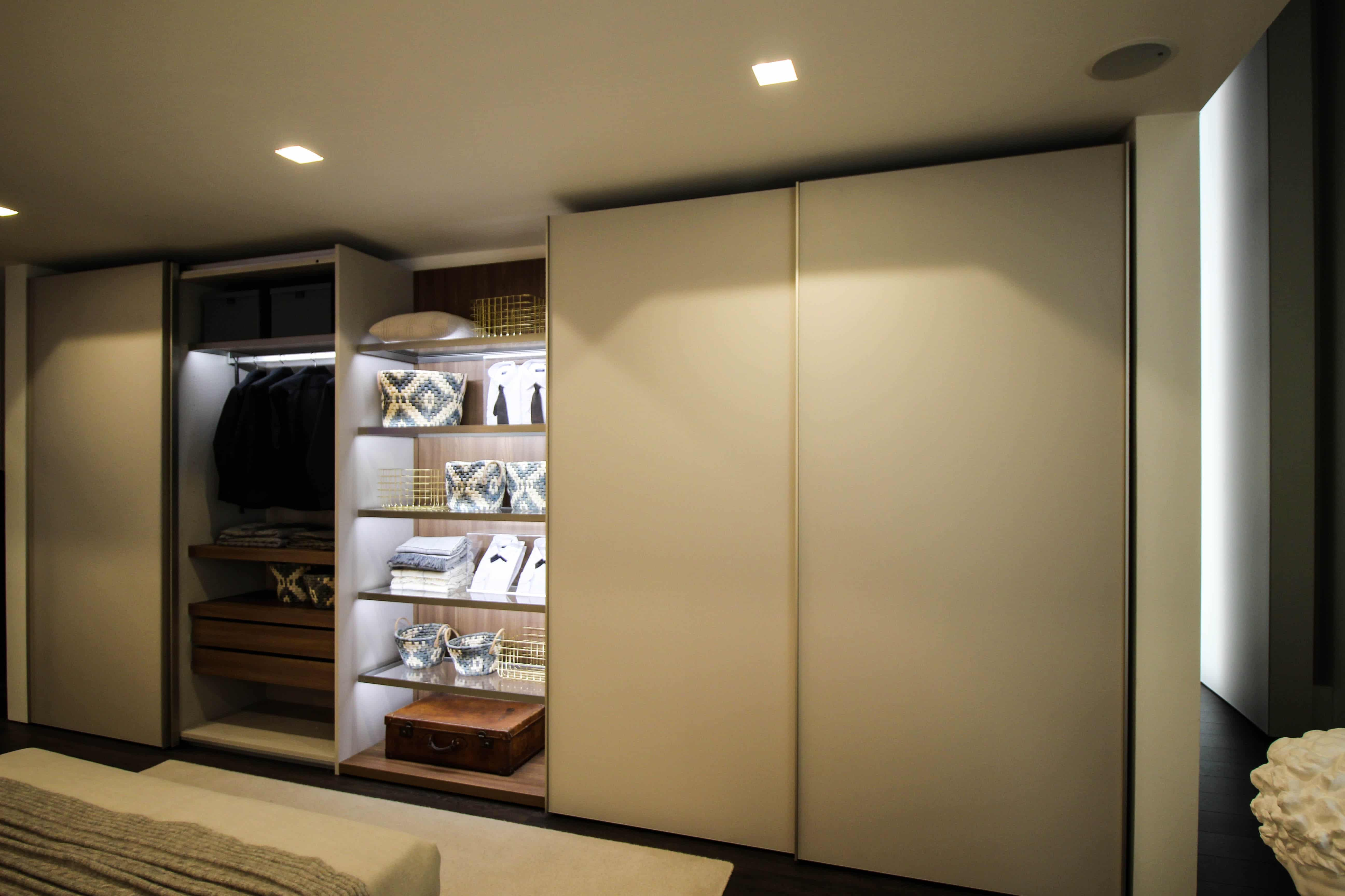Walk In Closets Built In Wardrobes Integrated Into Modern Decor