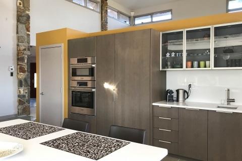 Modern european kitchen by European Kitchen Center