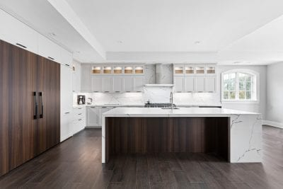 Transitional kitchens are the latest trend in contemporary design
